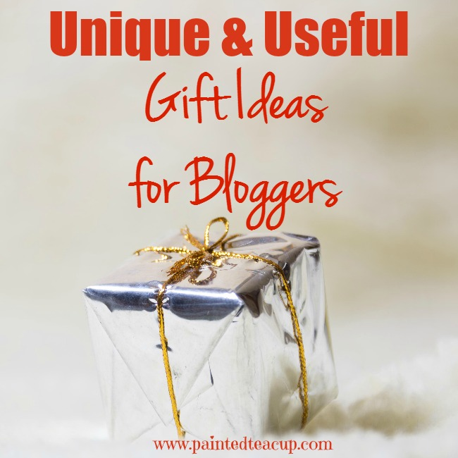 Not sure what to buy the blogger on your shopping list? Here is my 2015 holiday guide of unique and useful gift ideas for bloggers. www.paintedteacup.com