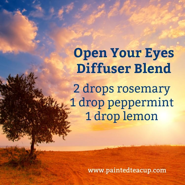 Essential oil diffuser blend for energy using rosemary, peppermint and lemon essential oils. Click for more essential oils for energy!