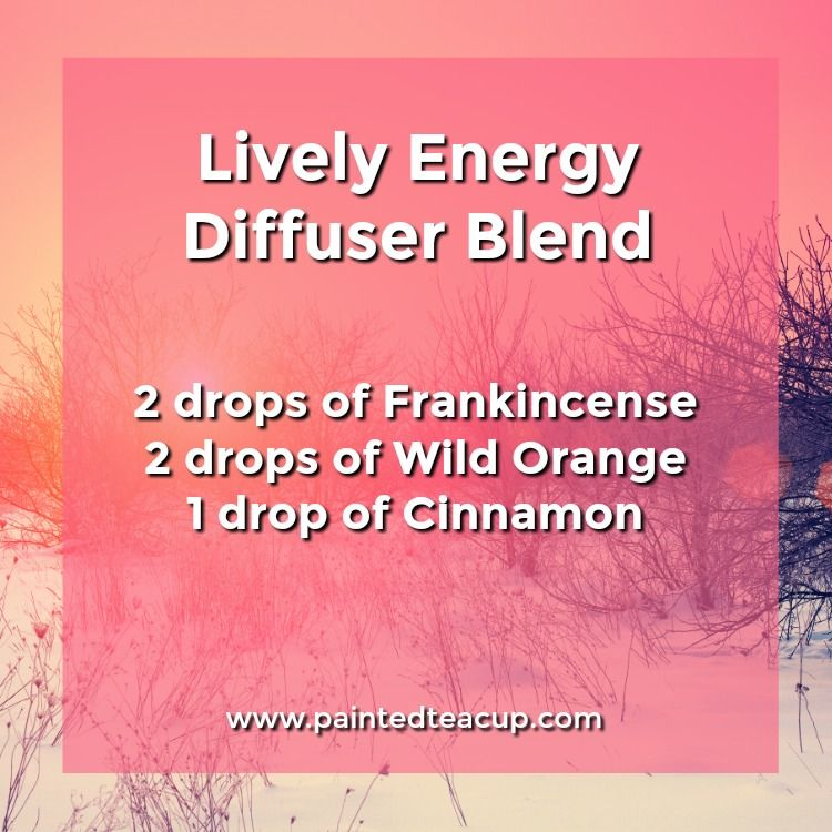 Lively energy diffuser blend to give you energy and motivation. 5 Monday Essential Oil Diffuser Blends to make your Monday a little more manageable! Blends for morning energy, afternoon focus & evening relaxation!