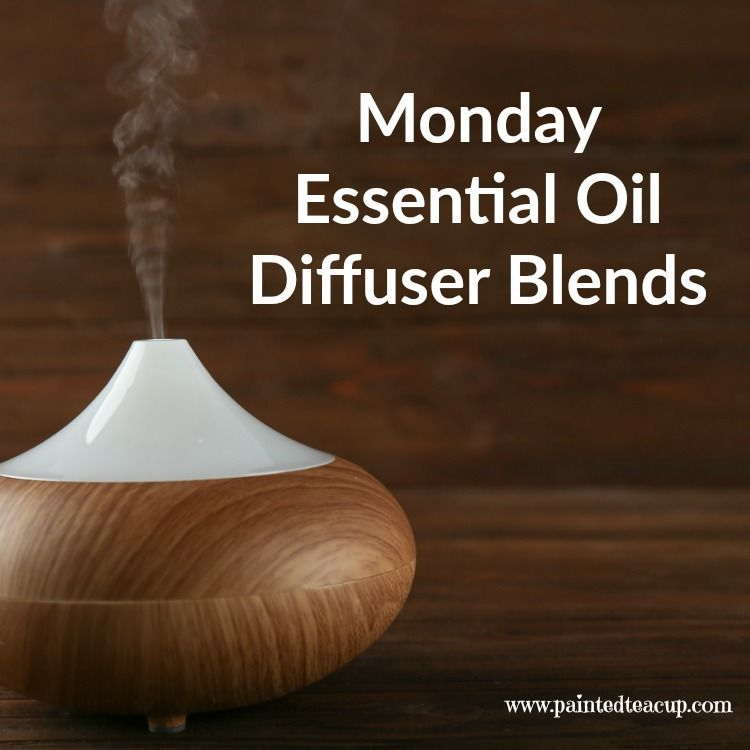 5 Monday Essential Oil Diffuser Blends to make your Monday a little more manageable! Blends for morning energy, afternoon focus & evening relaxation!