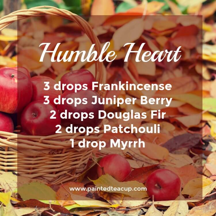 Humble Heart Essential Oil Diffuser Recipe for the Holidays. Diffuser blend made with frankincense, juniper berry, douglas fir, patchouli, myrrh