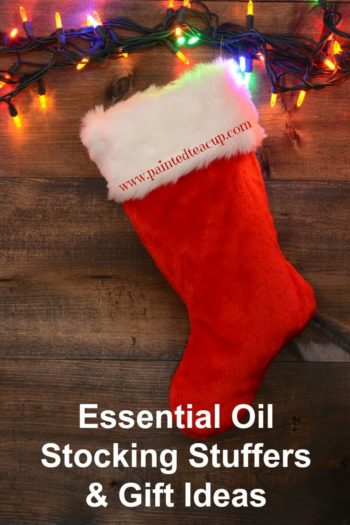 Essential Oil Stocking Stuffers & Essential Oil Gift Ideas | Essential Oil Gifts | Essential Oil Christmas Gift Ideas