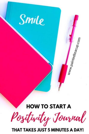 A positivity journal is a great way to help you manage your mental health and reduce your stress levels. Learn how to start one in under 5 minutes! #positivityjournal #mentalhealth